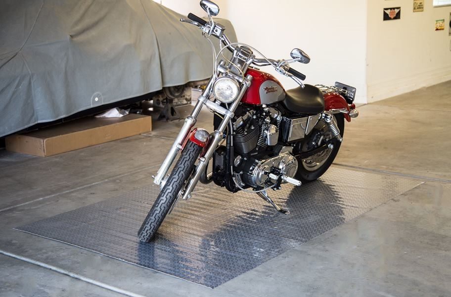 Diamond Nitro - Motorcycle Mats