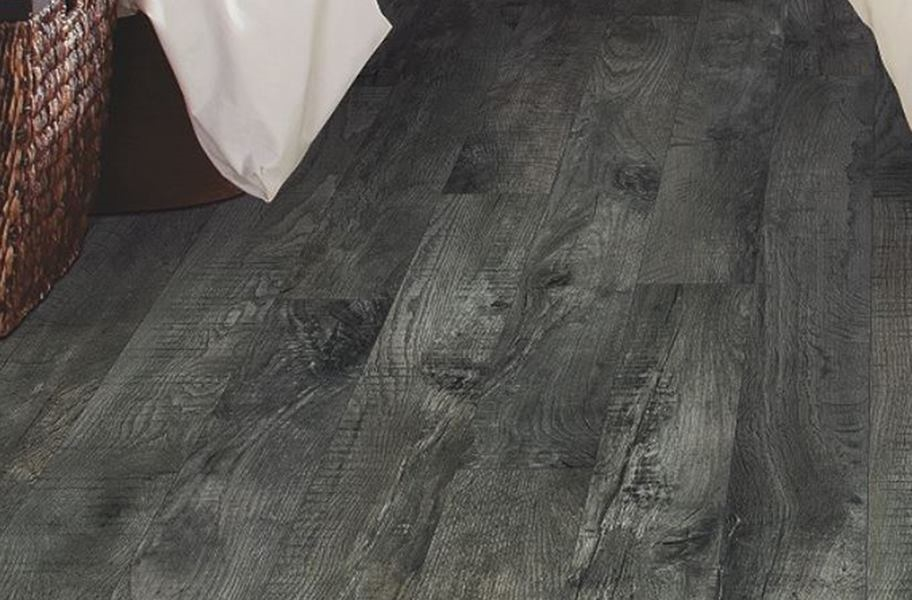 Mohawk Woodlands Vinyl Planks - Iron Gate