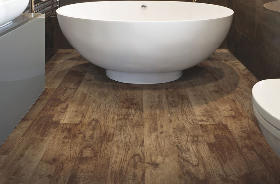Mohawk Grandwood Waterproof Vinyl Planks