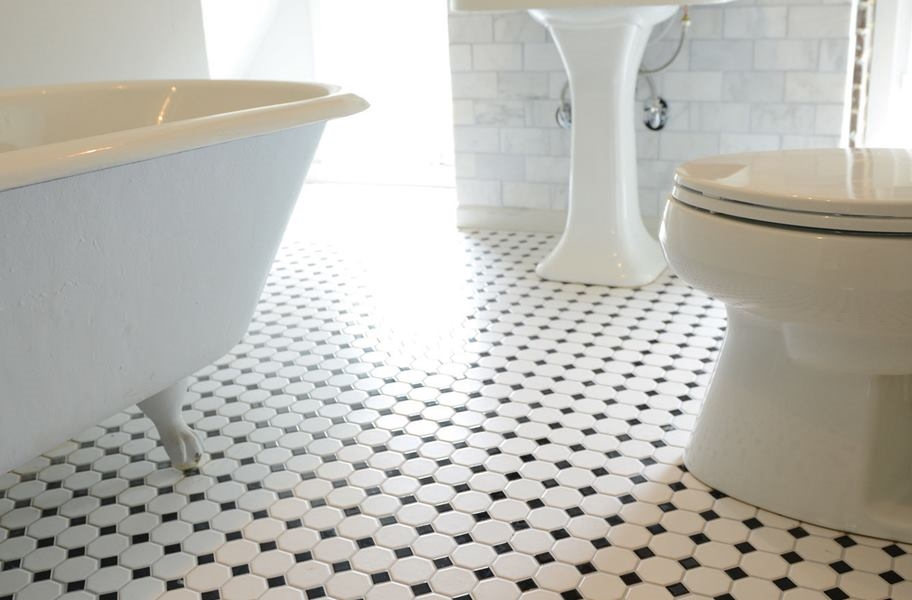 Daltile Octagon Dot - White / Gloss Black