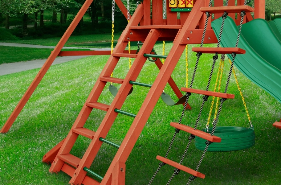 Sun Valley Wooden Swing Set