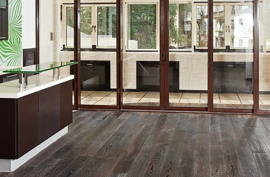 Market & Main Waterproof Vinyl Planks - Stockyard Oak