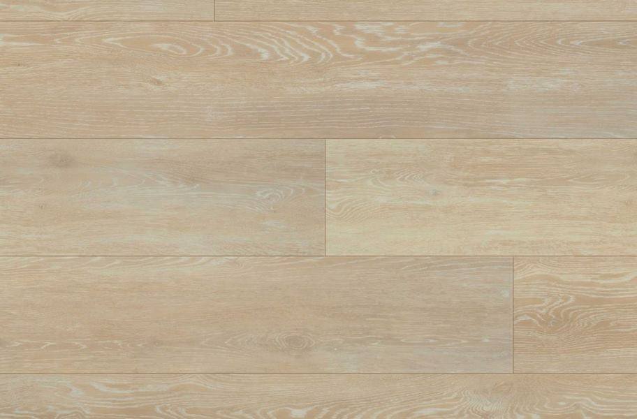 "COREtec Plus 7"" Waterproof Vinyl Planks - Kingswood Oak"