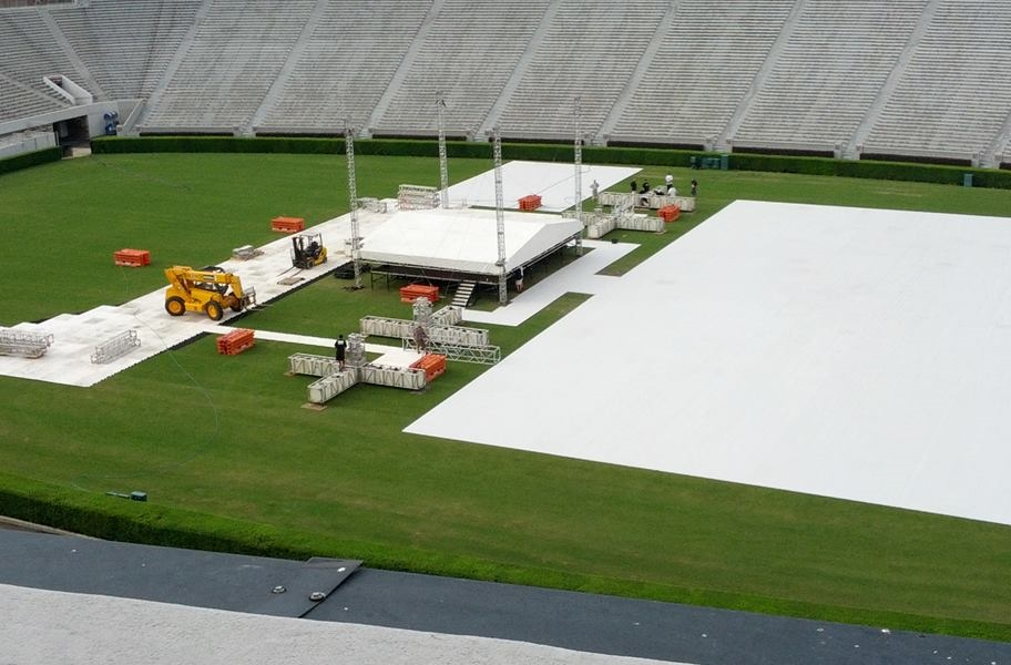 UltraDeck Portable Event Flooring